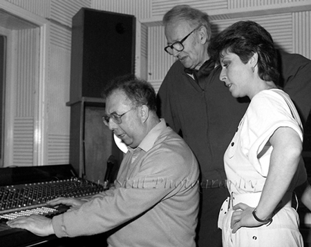 Photo of Humph with Ted Taylor & Helen Shapiro in Ted's (Porcupine) recording studio 1984