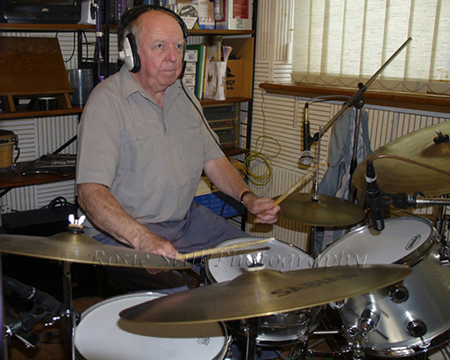 Photo of Adrian Mackintosh - Humph's band (drums) 2006