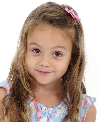 Headshot of child Amelia