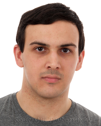Headshot of actor Ozer Direncay